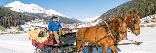 romantic package switzerland, carriage ride klosters, hotel offer for couples, time for two
